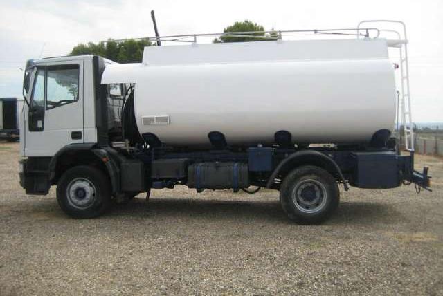Manguera de aspiración e impulsión de agua y líquidos en general para camiones cisterna